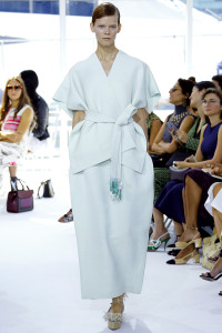 White with a touch of colour. White belt with free tassels sets off this ensemble. From Delpozo.